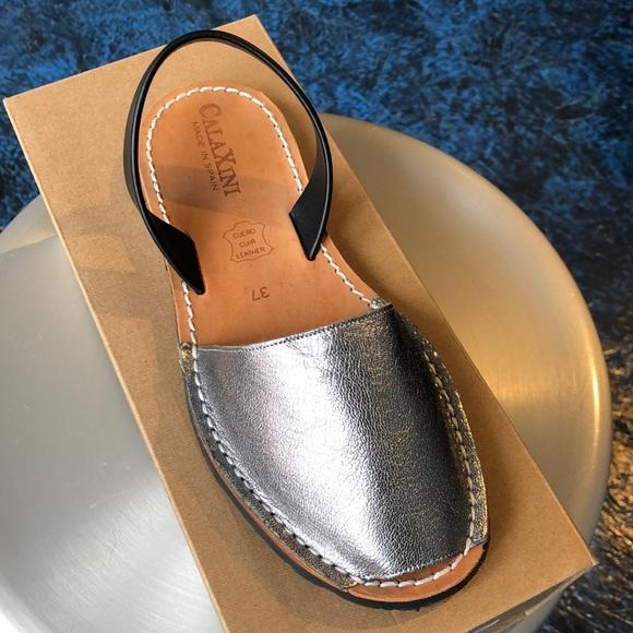 Calaxini Shoes - Calaxini metallic sandal-NWT-Multiple sizes